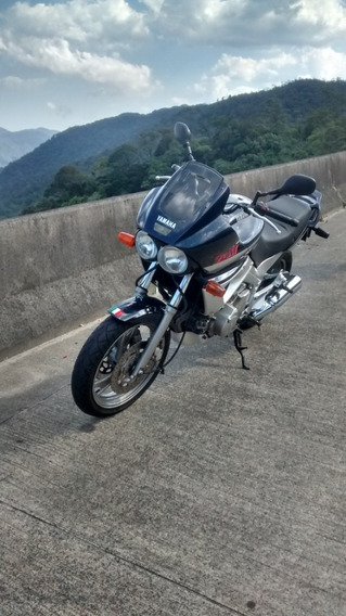 Motocicleta Yamaha Tdm 850 Cc