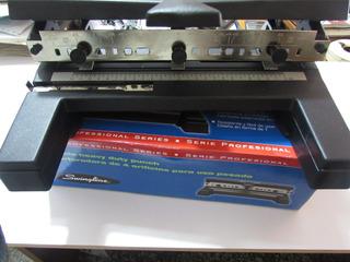 Perforadora 2-4 Huecos Semi Industrial / Marca Swingline