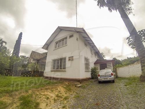 Casa Comercial Ou Residencial Com Aproximadamente 230 M²,  No Bairro Centro, Contendo 4 Dormitórios E Demais Dependências. - 3571175v