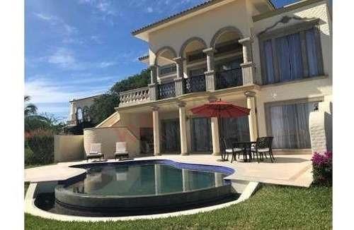 Villa De Lujo Amueblada En Residencial Puerta Del Sol