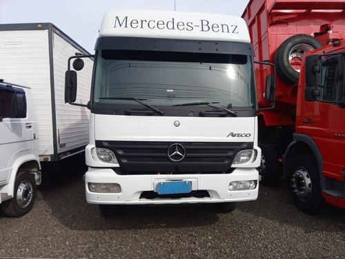 Imagem 1 de 8 de M. Benz/a2428