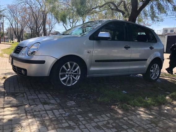 Volkswagen Polo Full 1.6 Nafta
