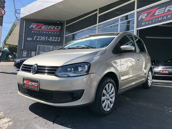 Volkswagen Fox 2012 Completo 1.0 8v Flex 4 Portas Revisado