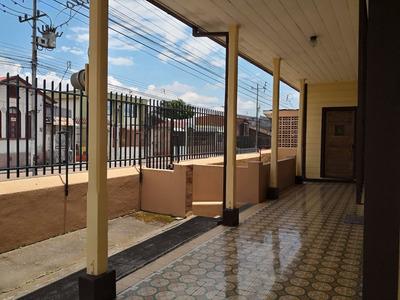 Excelente Propiedad En Cartago Centro, Terreno, Solar Y Casa