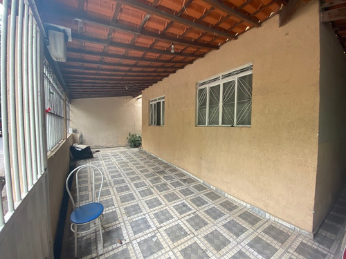 Casa Com 3 Quartos Para Comprar No Conjunto Água Branca Em Contagem/mg - 1452