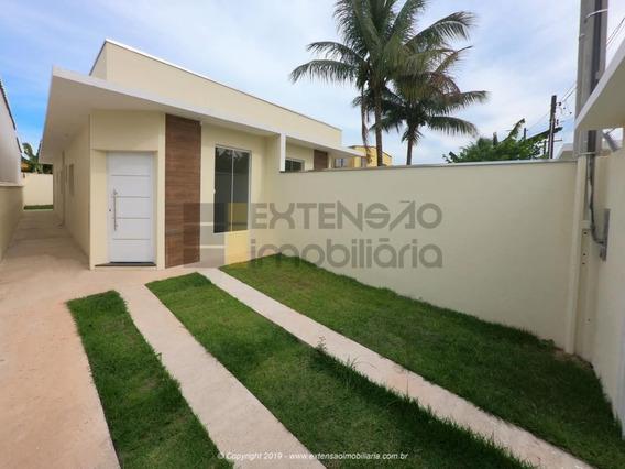 Casa Com 02 Dormitórios E 63m² - 47