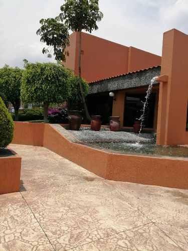 Casa En Venta En Precioso Condominio En Tepepan