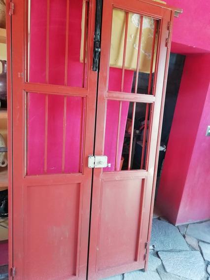 Puerta De Dos Hojas, Supersolida
