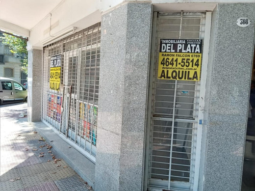 Imagen 1 de 5 de Local  En Muy Buena Zona
