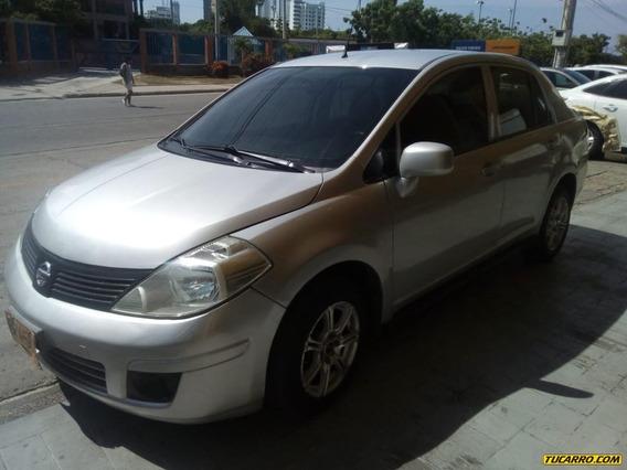 Nissan Tiida 1.8 At