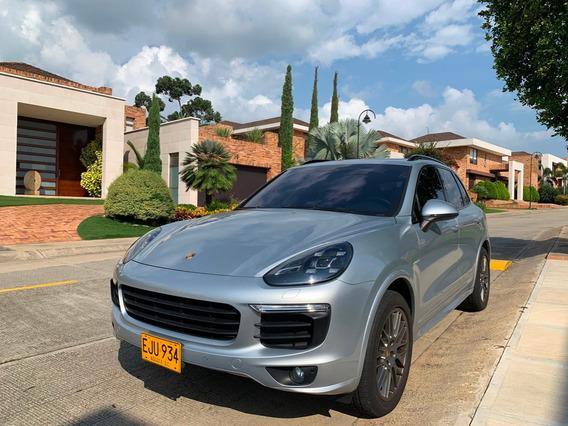 Porsche Cayenne S E-hybrid Platinum Edition Runout Package