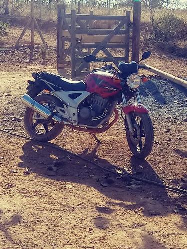 Imagem 1 de 1 de Honda Twister