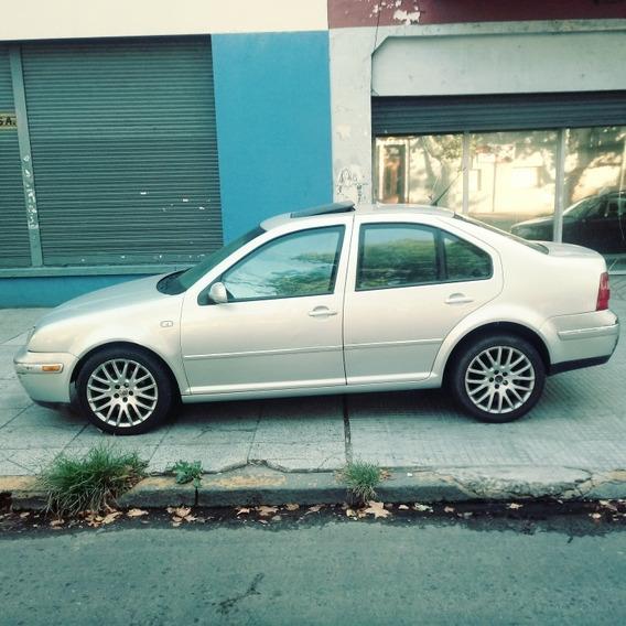 Volkswagen Bora 1.8 T Blindado. Aut