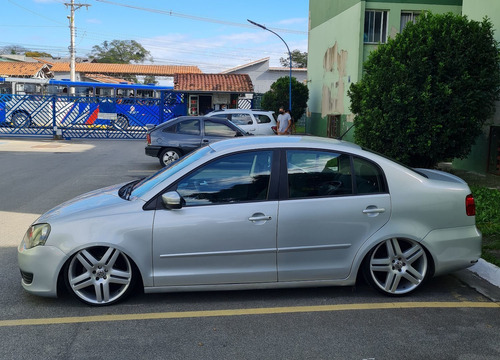 Volkswagen Polo Sedan 2013 1.6 Vht Total Flex 4p
