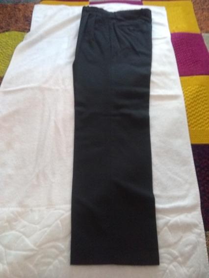 Pantalón Negro Clásico New Port