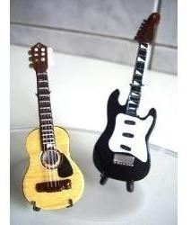 Livro Com 876 Acordes Para Violão E Guitarra Cifrados/cifras