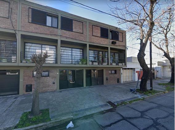 Casa En Alquiler En La Plata Calle 3 E/ 32 Y 33 Dacal Bienes Raices