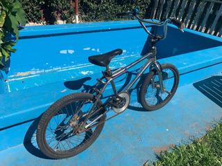 Bicicleta Cromada Gt
