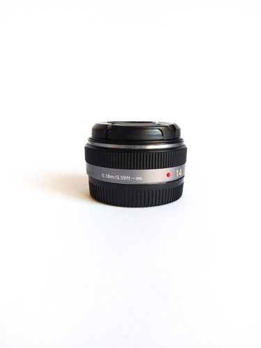 Imagem 1 de 3 de Lente Lumix 14mm F2.5 Asph Ii Blackmagic, Panasonic Lumix