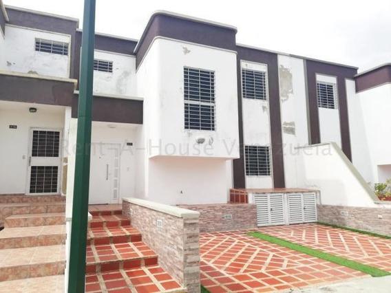 Casa En Venta Cabudare 20-7506 Ecm