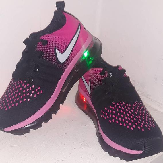 Zapatos Nike Con Luces, Para Niña, Talla 28. Nuevos