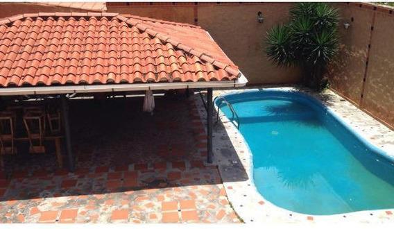 Casa En Venta Zona Este De Barquisimeto 20- 8381 Mmm