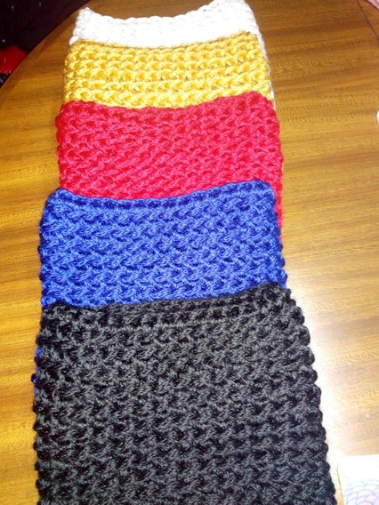Stock De Bufandas Infinitas A Crochet