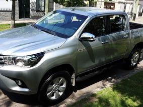 Toyota Hilux 2.8 Srv 4x2 2017 Imperdible Con Poco Uso