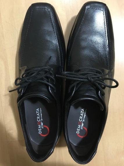 Sapato Democrata Preto N 41 Seminovo Usado Uma Vez