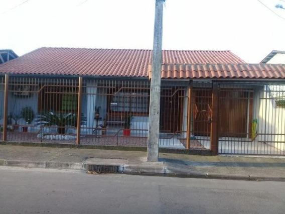 Casa Em Rio Branco Com 2 Dormitórios - Sc11009