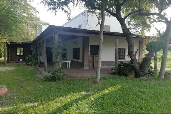 Casa Quinta En Villa California Con 3000 M2
