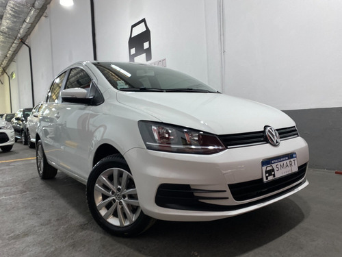 Volkswagen Fox Connect 2018 Impecable - Smart Garage Vende!!