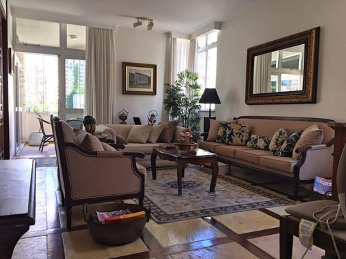 Imagem 1 de 30 de Apartamento Amplo Bem Localizado A Poucos Metros Da Av. Beira Mar E Colégio Catarinense! - Ap4342