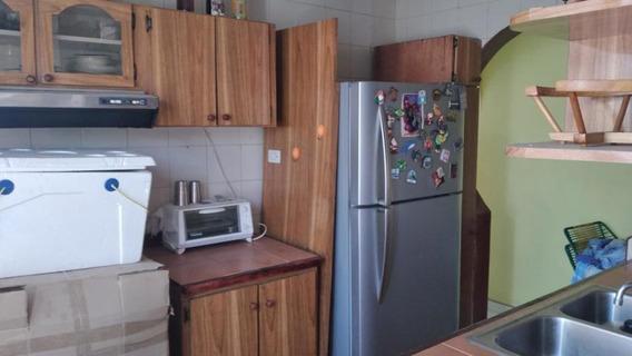 Apartamento En Alquiler Este Barquisimeto 20-23313 Jcg