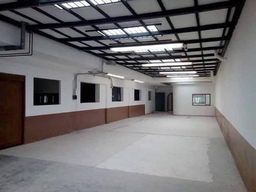 Bodega Con Oficinas En Renta Tacubaya Excelente Ubicación