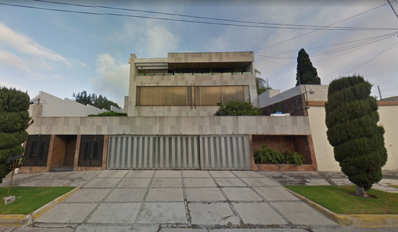 Hermosa Residencia De Remate Hipotecario, Solo Contado!