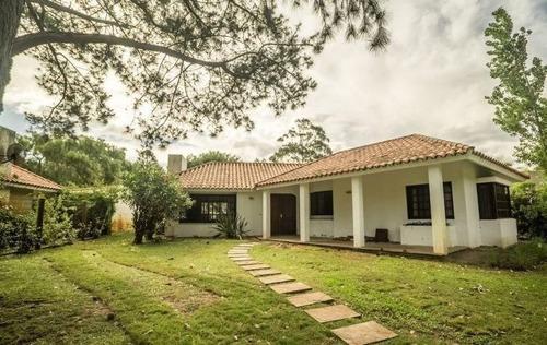 Venta De Casa 3 Dormitorios En Solana, Punta Del Este.