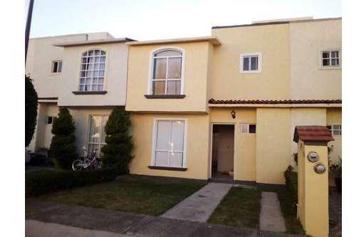 Casa En Renta En Fracc. Valle Real Corregidora, 3 Rec., 1.5 Baños, C. 96 M2