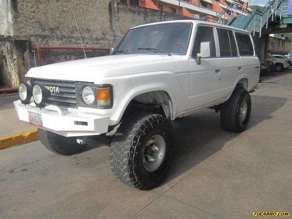 Toyota Samurai 1986