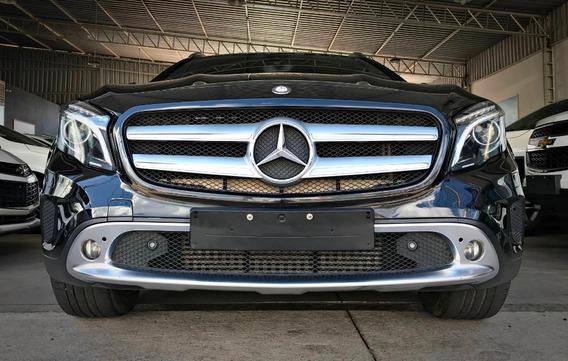 Mercedes Benz Gla 250 Enduro C/ Teto Sol. 2.0. Preto 2015/16
