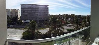 Cad Aura A105. Con Club De Playa. Terraza