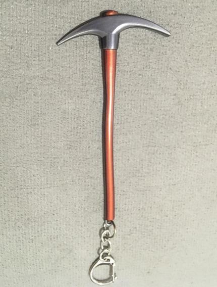 Chaveiro Fortnite Picareta Padrão - Armas - Metal 11,5cm