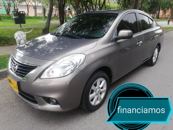 Nissan Versa Advance A/t 2013