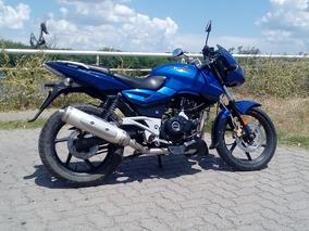 Bajaj Rouser 220