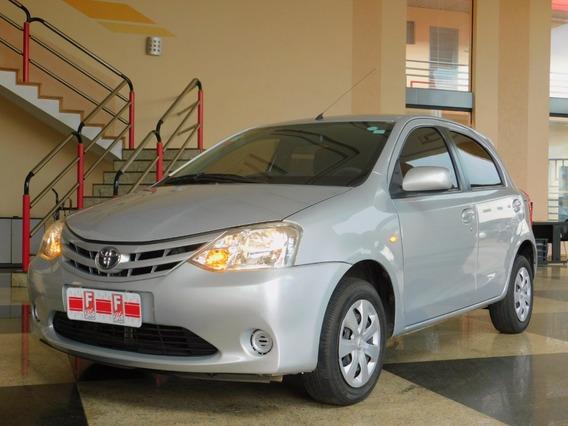 Toyota Etios Xs 1.3 Flex 16v 5p Mec.