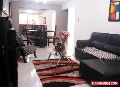 Apartamento En Venta Urb Los Nisperos Turmero 19-9838 Mv