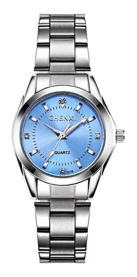 Relógio Feminino Leve Prata Aço Inox Fundo Azul Claro