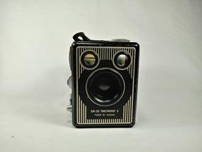Câmera Kodak Six-20 Brownie