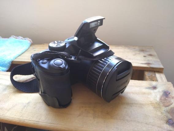 Câmera Semi Fujifilm S4800 30x Zoom 16 Megapixels