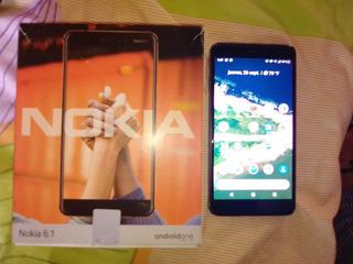 Teléfono Nokia 6.1